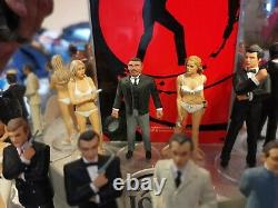 CORGI ICON 007 JAMES BOND SET 10 FIGURES RARE SHOP DISPLAY STAND sean connery