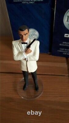 CORGI ICON JAMES BOND 007 Sean Connery white Suit tuxedo