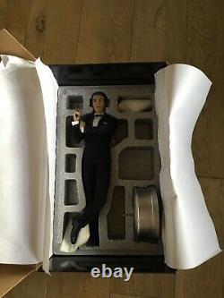 James Bond 007 Sideshow Collectibels Sean Connery 1/4 Scale Figure