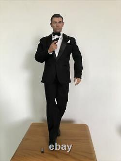 James Bond 16 Sean Connery Goldfinger 007 MI6 Agent Black Box Hot Toy