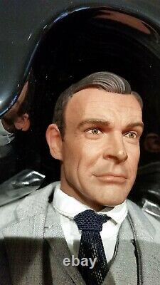 Sean Connery James Bond 007 Goldfinger collectors Edition 1/6 scale fig 103/700