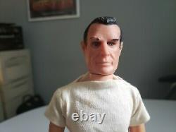 Vintage James Bond 007 Sean Connery 1965 Figure with Gun Case Gear Gilbert Toys